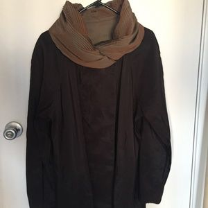reversible raincoat - with pleated collar /hood